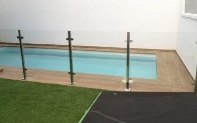 Barandilla de cristal para piscinas